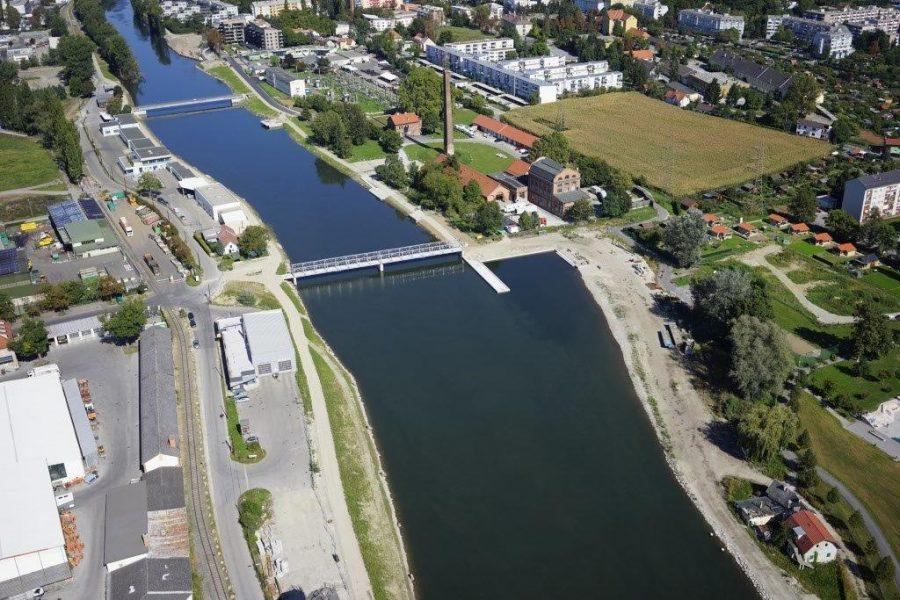 Luftaufnahme des Murkraftwerk Graz