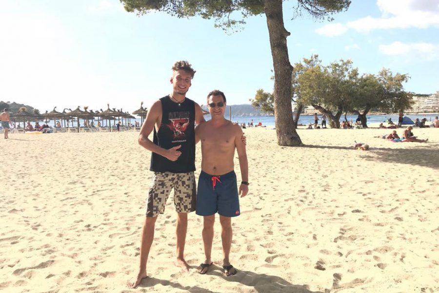 Foto des Teams beim Urlaub in Santa Ponsa